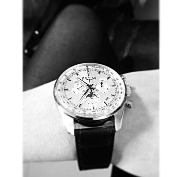 New El Primero from Zenith #SIHH http://t.co/vpYbFlfMtX