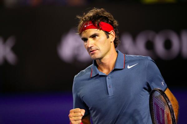 #Federer makes his 11th-straight #AusOpen semifinal, finishing up with an ace 6-3 6-4 6-7 6-3 v #Murray. http://t.co/7N1bCSEALr