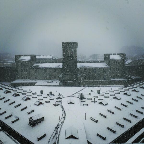 We have to say, this old prison looks pretty good in the snow - http://t.co/b9dEx0yOem