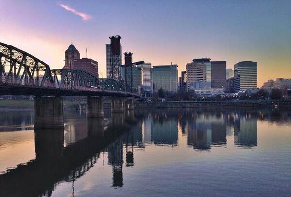 52 breweries, fun bars, winter fests & local brews make PDX the land of HOPportunity: http://t.co/eZUJEW7mic #PDXNOW http://t.co/MuVggaPkHu