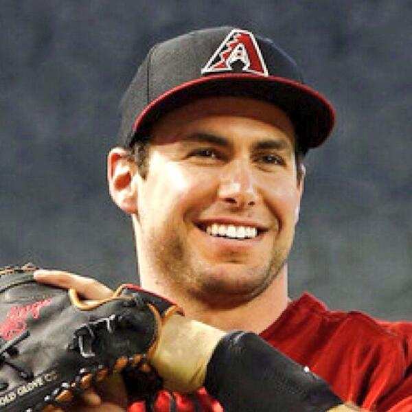 Take a look at this guy... #PaulGoldschmidt definitely has the perfect #FaceofMLB   (Retweet if you agree) http://t.co/5aFOBF3uSL