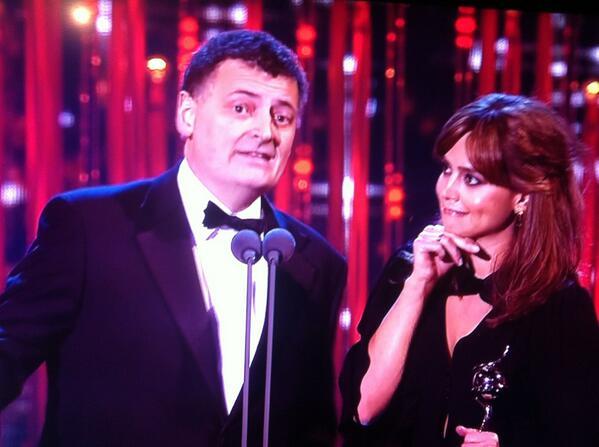 Jenna Coleman and Steven Moffat collect Matt Smith's award! Congratulations Matt! #NTAs http://t.co/xJoOCLlyoe