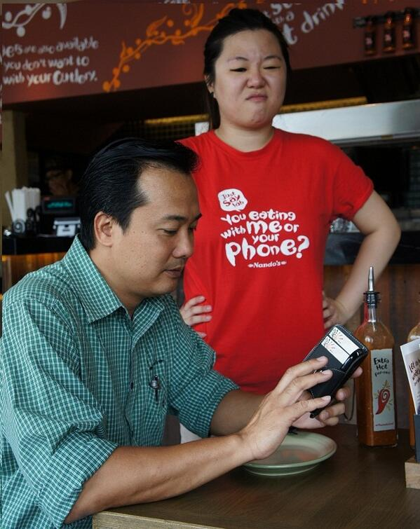 Eh bro! Eating with me or your phone? #JustSayLah at http://t.co/xgHfcKTM54 Honesty gets you free chicken! http://t.co/yjWXEZaNVa