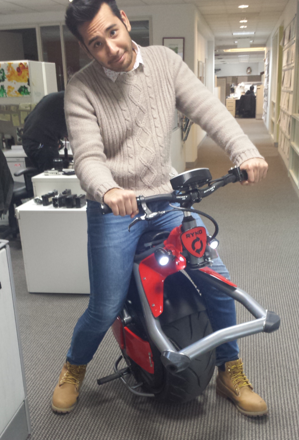 RT @gabebergado: Having a great time at the @PopSci office riding a one wheel motorcycle. #thefutureisnow http://t.co/ic97L4a1ku