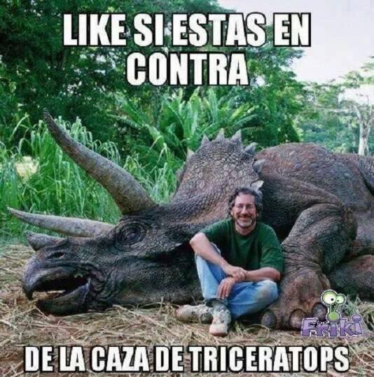 Por favor, no vean películas de Spielberg, compartan!!!! #SpielbergAsesino JAJAJA vía @mlozano9 http://t.co/o1cqpBwlgQ
