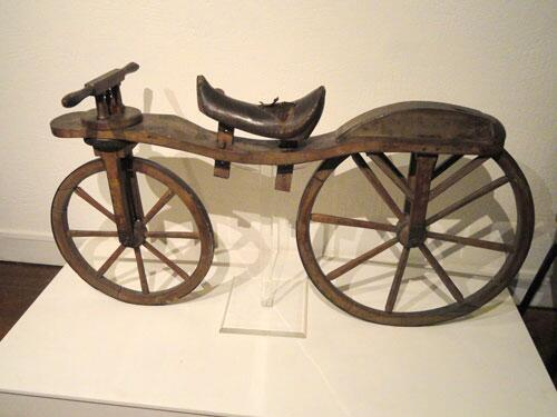 Baron Von Drais introduced the Draisienne in 1817; the 1st 2wheeled rider-propped machine. #TBT #Bike #History http://t.co/z9F1cphjfr