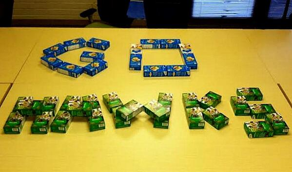 RT @GirlScoutsWW: Thanks for your support this season @Seahawks! We're sending you our favorite #SuperBowl snack! #GSWWGoHawks @GSColo http://t.co/0p7QGoTsNz