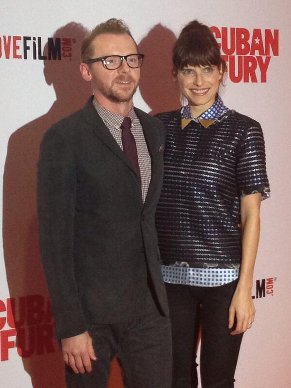 HOTNESS PERSONIFIED RT @CubanFury: Mr @SimonPegg arrives @CubanFury premiere with the lovely @LakeBell #RealMenDance http://t.co/a73HOE4unf