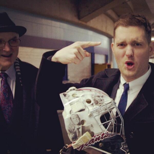 """Look at this Pat, you look so sexy on here while I look like a balding Neil Patrick Harris"" #WHLGiants @michaelbuble http://t.co/TQspU1NKZS"