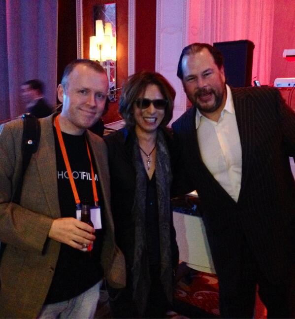 In Las Vegas... photo w/ @Benioff and @YoshikiOfficial http://t.co/4JAh9Y5LNh