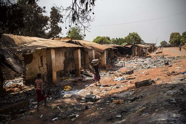 Muslims in Yaloke #CARcrisis were given 24 hours to leave. What followed? Total destruction of their homes and lives http://t.co/wxxRBFi7qq