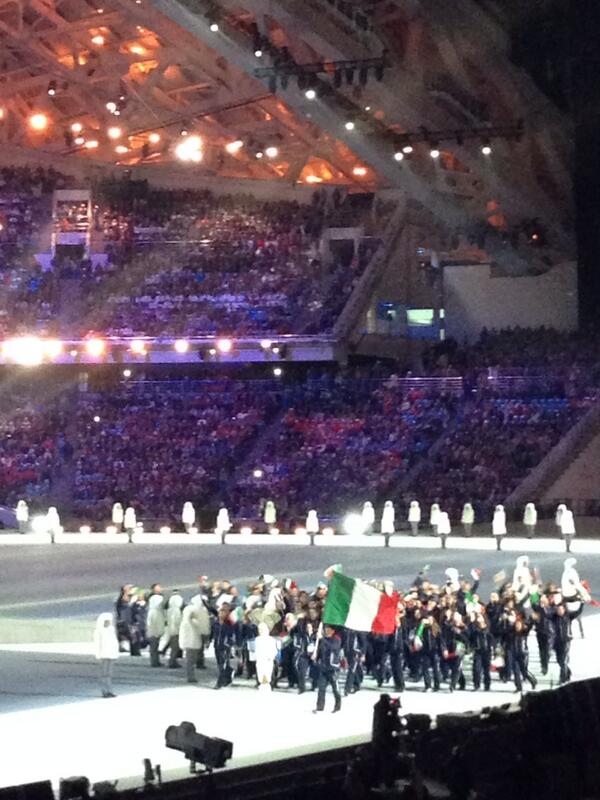 Team Italy in the athletes parade #openingceremony http://t.co/6ALoi1Dysi