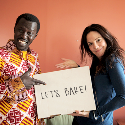 EXCITING! You're invited to bake brownies in LA w/Mary-Louise Parker and the cast of #Weeds: http://t.co/X2xLrXAmHv http://t.co/sxMMzUZEPQ