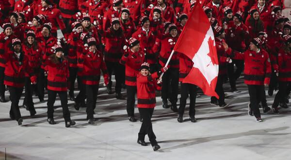 O Canada! What a great photo of the @CDNOlympicTeam! #HBCOlympics #WeAreWinter #GoCanadaGo http://t.co/FLAABUKQBI http://t.co/Z44fWvFLbr