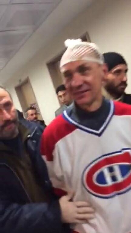 The Ukrainian man arrested in that attempted hijacking is a Habs fan, apparently. http://t.co/tIU1IKPTXa