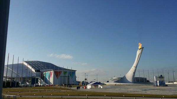 "Dutch dominance today? @erbenwennemars: @SvenKramer86 @janblokhuijsen en @JorritBergsma success! #Sochi2014 http://t.co/yicCS9mQDL"""