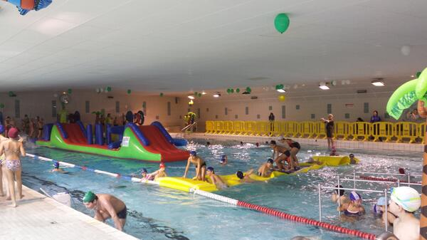 Maman active activeorganisee klear for Piscine jean taris