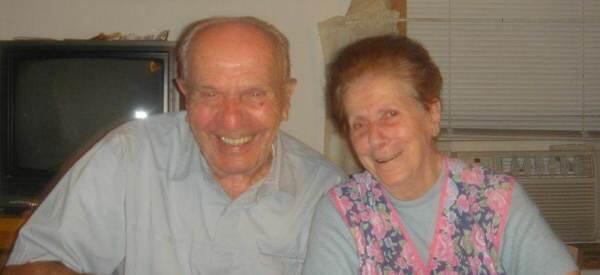 Una pareja que llevaba 67 años casada muere el mismo día sin saber que el otro había muerto http://t.co/X5rXZPg5Co http://t.co/Ix3tjxp49h