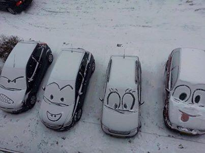 Meanwhile, in countries where it snows and they don't blow each other up to pieces http://t.co/QPIX9EM61d