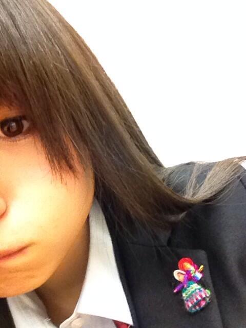 ブレザーについてる新しいお友達 #hirona #9nine http://t.co/RYpQY7rkaL