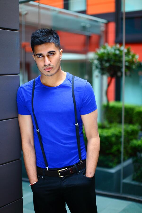 PRESS RELEASE: British music star @ArjunArtist signs to India's music giant @TSeries! Read >> http://t.co/e3VGlOJghg http://t.co/BEvXtZOUMi