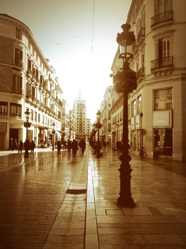 Ojú que wapa ere xikilla #fiuuufiuuu ##Malaga #ElTerral http://t.co/0Xm9Asn6uP