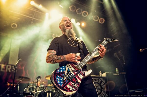 """guitarist @Scott_Ian just emailed this over w the subject """"My favorite T"""" #scottian #anthrax http://t.co/4Qnwe4MyoG http://t.co/6yKy1C9kqJ"""