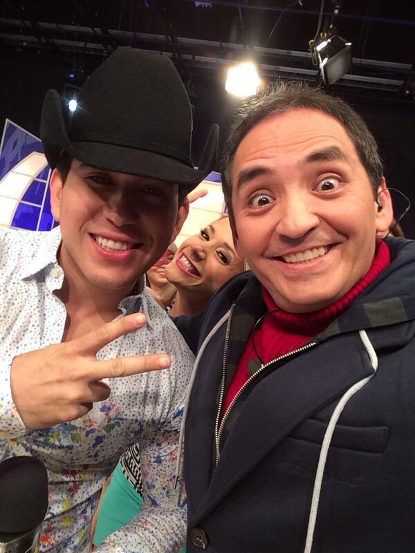 Aquí con el @el_Bebeto #SegundoTiempo http://t.co/LUnfZEvnMz