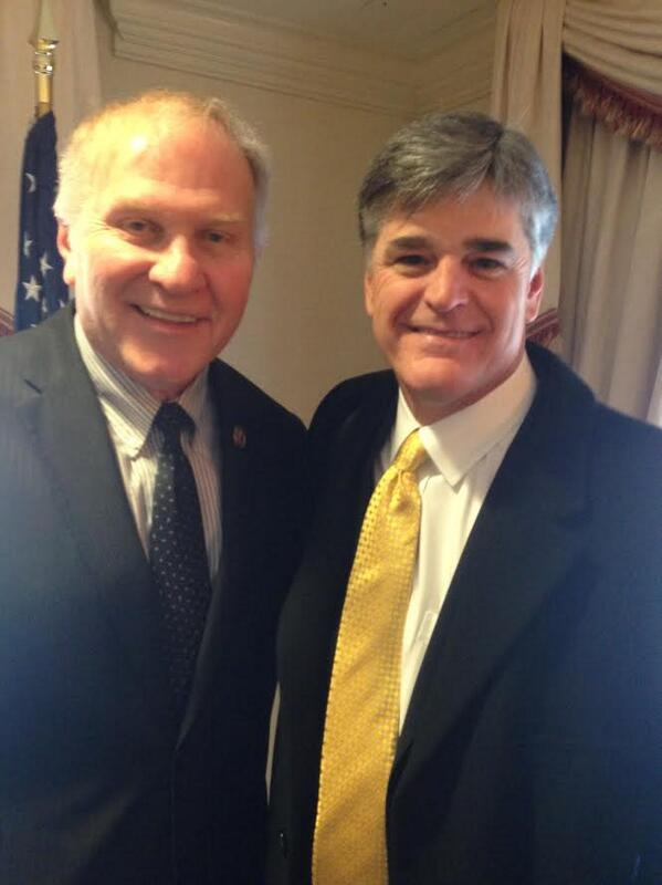 Had the opportunity to sit down with this great American! Good to be with you @seanhannity. #tcot #pjnet http://t.co/X0CsRyc4rG