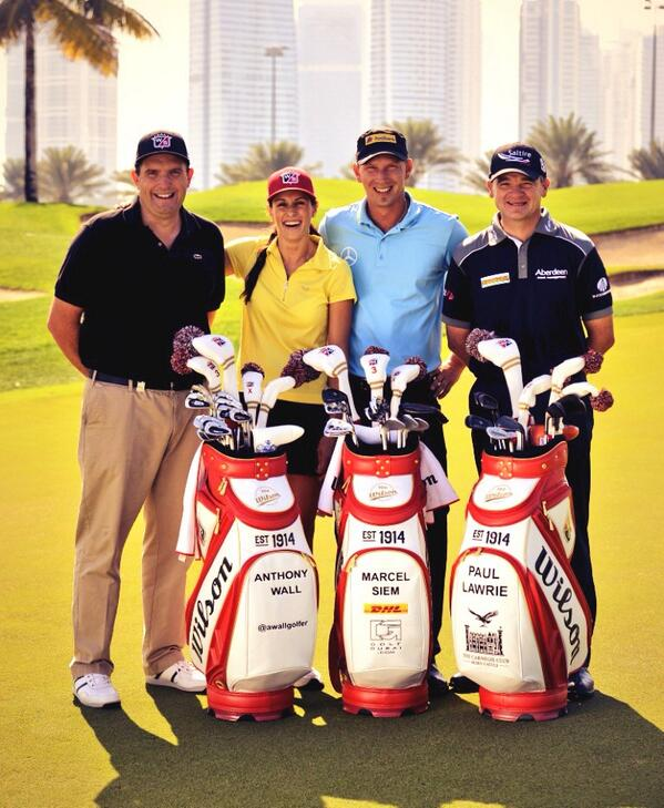 @WilsonGolf tour players joined by let @MariaBalikoeva http://t.co/n8vsKel2Ky