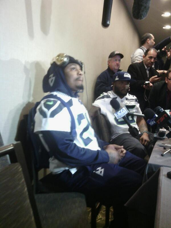 "#Seahawks RB Marshawn Lynch: ""I'm just here so I don't get fined."" http://t.co/hVqyb3byvc"