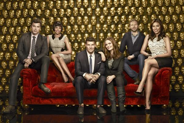 We want our fans to know first... #bones has been picked up for a 10th season! RT to spread the word. http://t.co/zZ6JJ4k3hP
