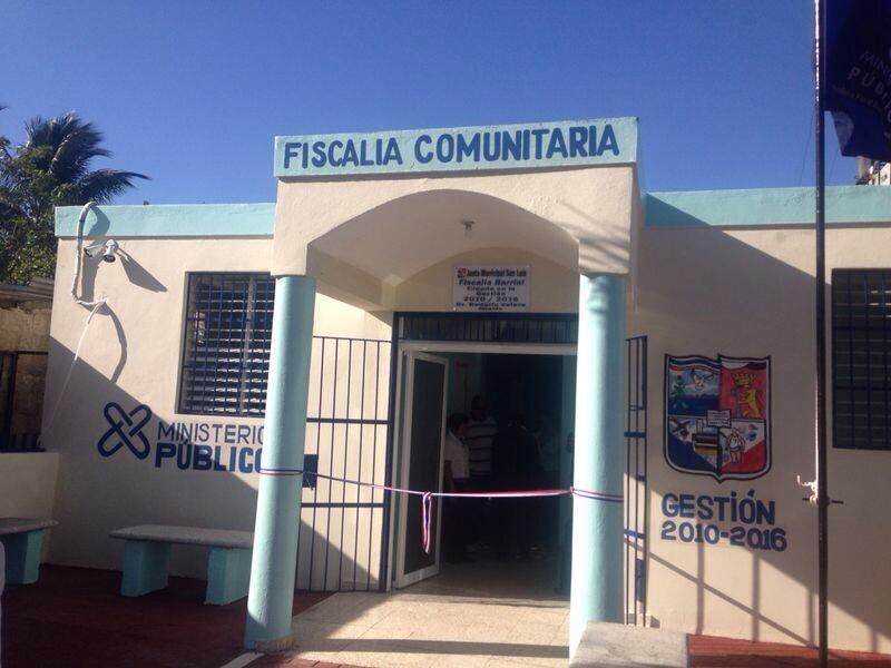 Inauguramos hoy la Fiscalia Comunitaría de San Luis, en la Provincia Santo Domingo @FiscaliaSD http://t.co/XDzTs5SriN