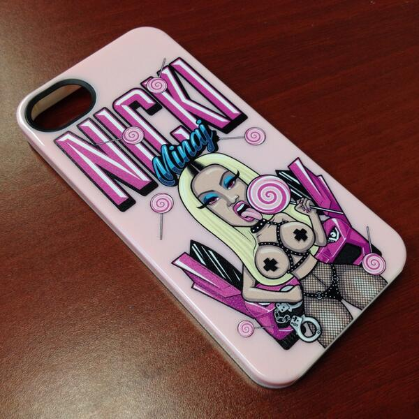 Just made these custom iphone cases for @NickiMinaj #Imprue