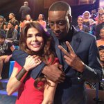Oh yeah! Only a couple hours to go #EastCoast ;) xoP RT @ArsenioHall .@PaulaAbdul is here tonight! http://t.co/TQA2d8Ymz1