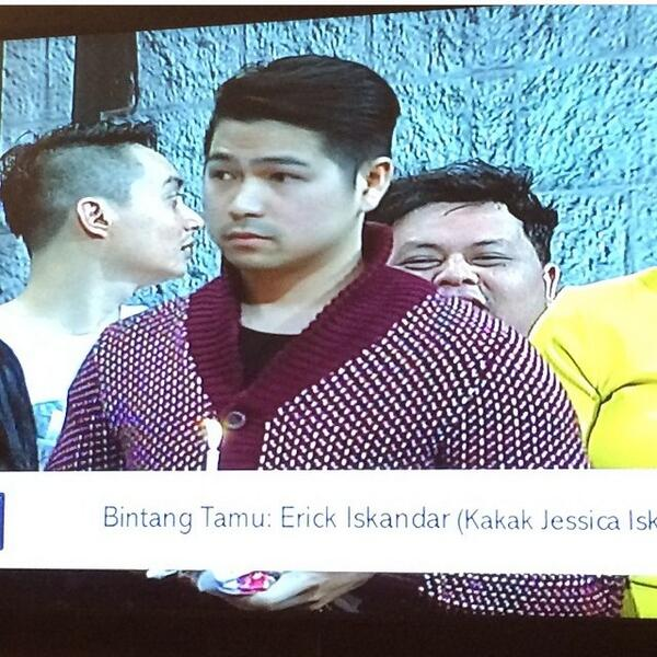 Erick Bana Iskandar (@erickiskandar): Surprise for my little sister @jess_iskandar i wish her well