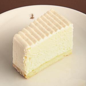 test ツイッターメディア - はい、チーズ♡ No.067_【銀座】洋菓子舗ウエスト_レアチーズケーキhttps://t.co/csqTmlXDZr