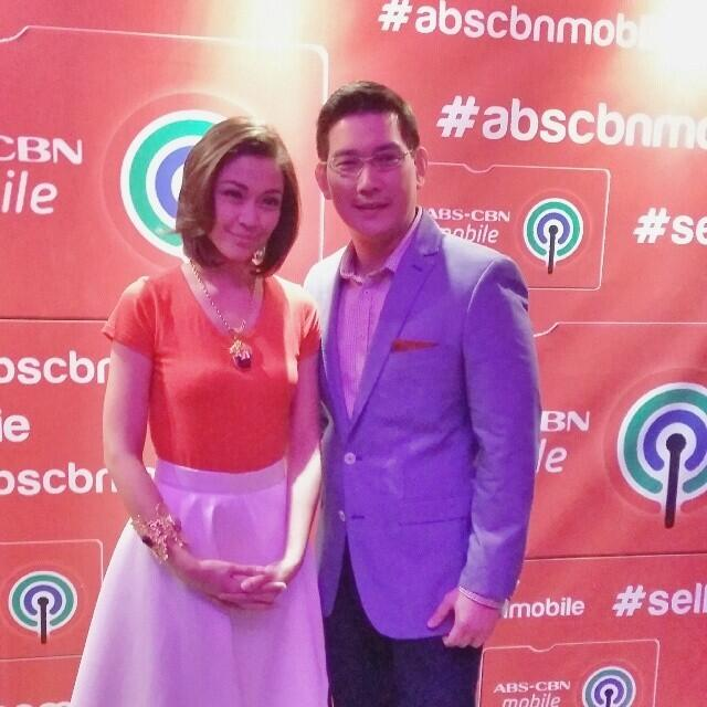 Jodi and Richard at the ABS CBN Trade Launch for @abscbnmobile! Courtesy of olivezarate. http://t.co/gVwBvtv4oG