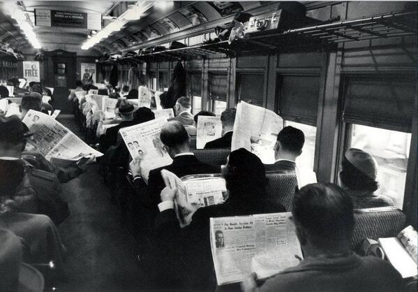 For folk var så veeeeeeldig sosiale før smarttelefonene kom.  Via @netcom_ks http://t.co/87LHv10eZT