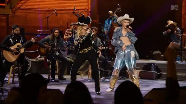 Great to see @montepittman  with #Madonna on MTV #MileyUnplugged http://t.co/MUgwnlHoBK
