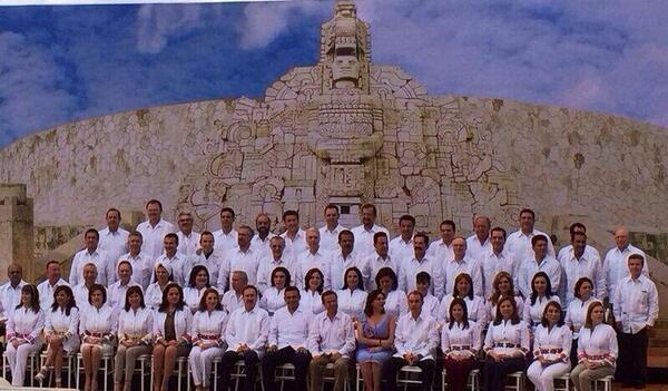 El destino y el rumbo de México lo estamos trazando en la #PlenariaSenadoPRI, agradecemos la hospitalidad de #Yucatán http://t.co/X5WMTezXDT