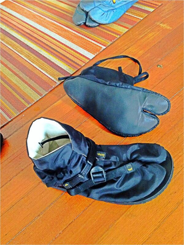 Winter Monkeys rejoice! Tabi bootie w/nylon outer shell and MGT footbed. Made in Japan for LUNA. Coming Fall 2014. http://t.co/UorsMzSEgu