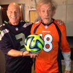 RT @SirPatStew: Football! http://t.co/rdtXP6IGTE