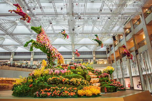 In honor of the #LunarNewYear, here is my #installation for the LANDMARK mall in Hong Kong http://t.co/5pBIADkYPo http://t.co/QTZZ4CEkqv