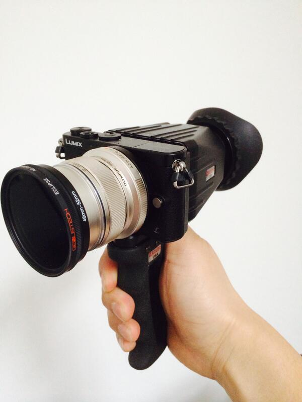 New in the Newsshooter house - The new Super8 for the digital world? Loving this little Lumix GM-1 run around setup http://t.co/IsexXj0r6W