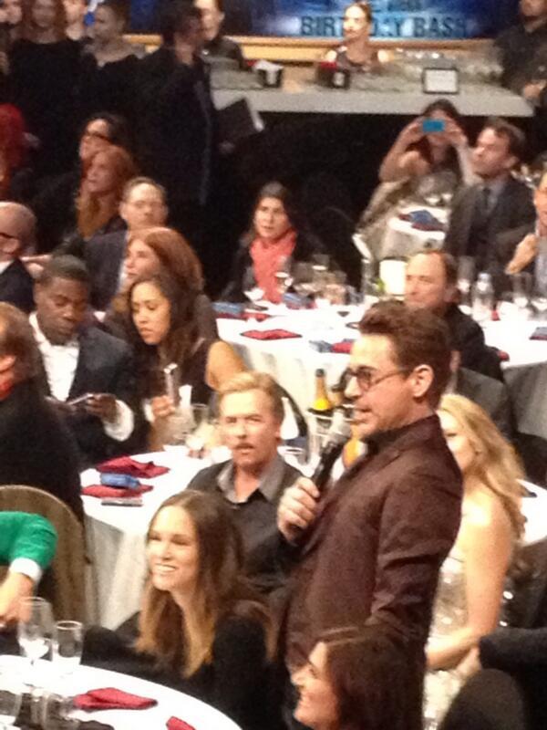 Robert Downey #howard http://t.co/UcnnDxjd3f