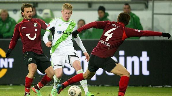 BfZKICRCEAANUjA Kevin De Bruyne claims Jose Mourinho blocked move from Chelsea to Borussia Dortmund