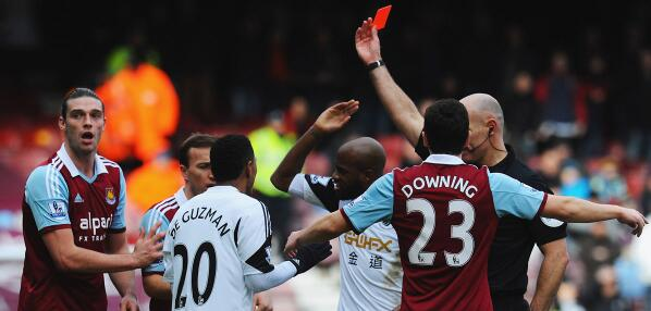 BfZSkciCcAERRwn Should Andy Carroll have been sent off for West Ham v Swansea? [GIF]