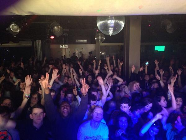 Awesome crowd tonight at @EssexSU with @djdnadeficient !!! http://t.co/ZWQuMouGSz