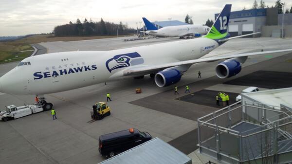 @boeingairplanes @Seahawks Spirit of 12s #747-8F + #Dreamlifter.Join us now! #avgeeks #GoHawks #LOUDER #WeAre12 http://t.co/NIpgYUt7m5